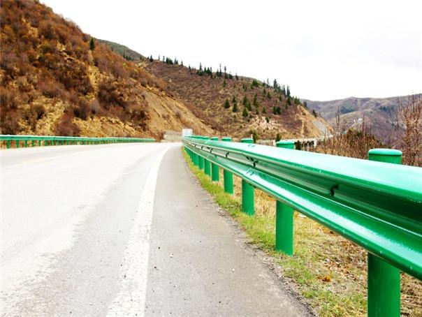贵州防撞护栏