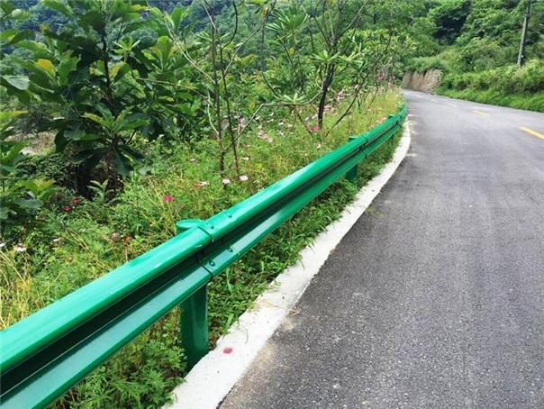 贵州防撞波形护栏